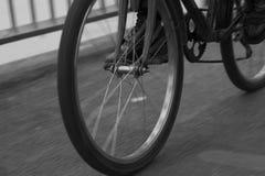 Bicicleta en el puente en Bangkok Fotografía de archivo libre de regalías
