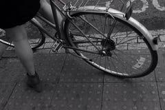 Bicicleta en Londres Fotos de archivo libres de regalías