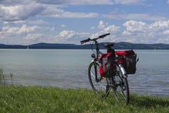 Bicicleta en viaje Imagen de archivo libre de regalías