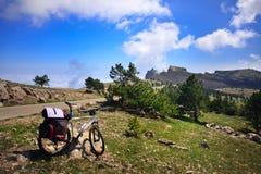 Bicicleta nas montanhas Foto de Stock Royalty Free