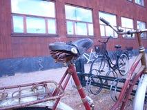 Bicicleta nas ruas fotografia de stock