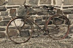 Bicicleta oxidada Fotos de Stock