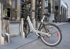 Bicicleta pública Foto de archivo