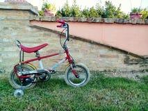 Bicicleta pequena do vintage Imagem de Stock Royalty Free