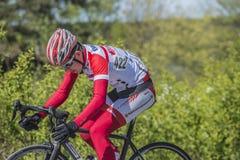 Bicicleta que compite con, ciclismo en ruta Foto de archivo