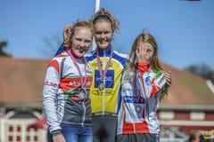 Bicicleta que compite con, ciclismo en ruta (ceremonia de premios para el más joven) Fotografía de archivo libre de regalías