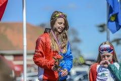 Bicicleta que compite con, ciclismo en ruta (ceremonia de premios para el más joven) Fotos de archivo