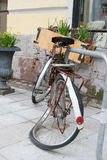 Bicicleta quebrada Fotos de archivo
