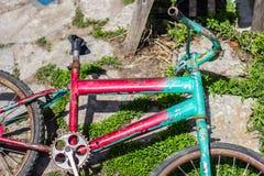 Bicicleta quebrada velha Fotografia de Stock