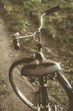 Bicicleta retro com folha de prova do vintage Foto de Stock Royalty Free