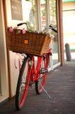 Bicicleta roja. Holanda Fotos de archivo libres de regalías