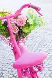 Bicicleta rosada imagen de archivo libre de regalías