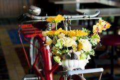 Bicicleta vermelha do vintage. Fotografia de Stock Royalty Free