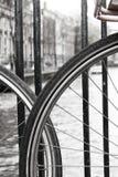 Bicicletas 2 del canal Imagen de archivo