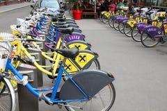 Bicicletas da cidade de Viena fotografia de stock royalty free