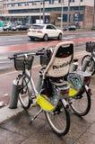 Bicicletas de alquiler Fotos de archivo libres de regalías