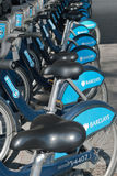 Bicicletas de Boris en Londres Imágenes de archivo libres de regalías