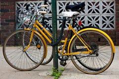 Bicicletas de la ciudad Foto de archivo libre de regalías