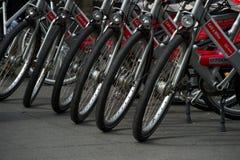 Bicicletas en el estacionamiento Imagen de archivo libre de regalías