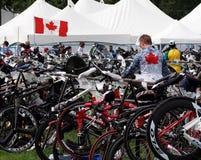 Bicicletas en el Triathlon Foto de archivo libre de regalías