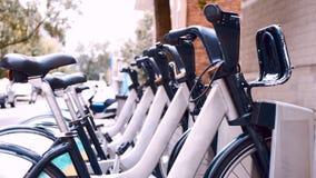 Bicicletas en las calles de Montreal Imagen de archivo libre de regalías