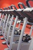 Bicicletas en una gimnasia Imagen de archivo libre de regalías
