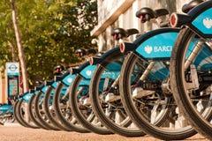 Bicicletas para o aluguer em Londres Fotografia de Stock