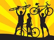 Bicicletas y muchachos y muchacha 1 Fotos de archivo libres de regalías