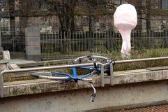 Bicicletta abbandonata rotta Fotografia Stock Libera da Diritti