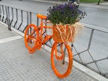 Bicicletta arancione Fotografie Stock