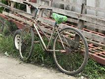 Bicicletta arrugginita Fotografia Stock