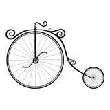 Bicicletta d'annata in bianco e nero su un fondo bianco fotografie stock libere da diritti