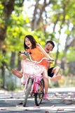 Bicicletta di guida Fotografia Stock Libera da Diritti