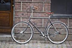 Bicicletta di vecchio stile immagine stock libera da diritti
