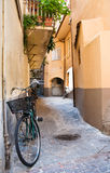 Bicicletta in una via toscana Fotografia Stock