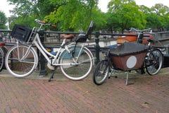Biciclette a Amsterdam Immagini Stock