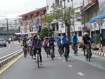 Biciclette di giro immagine stock