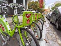 Biciclette locative pubbliche di BUBI a Budapest Immagini Stock Libere da Diritti