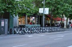 Bicimad, renatl велосипеда в Мадриде стоковые фото
