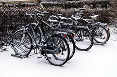 Bicis de la nieve Fotos de archivo libres de regalías