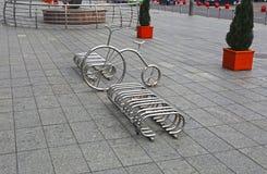 Bicycle автостоянка в квадрате в Москве в Москве Стоковые Фото