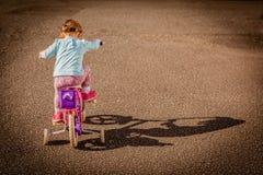 bicycle девушка Стоковая Фотография RF