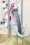 Bicycle стоянка автомобилей Стоковые Фото
