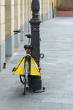 Bicycle alone. A bicycle alone in the street Royalty Free Stock Photography