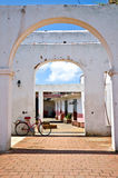 Bicycle and colonial building in Trinidad, Cuba Royalty Free Stock Photos