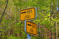 Bicycle guide post Royalty Free Stock Photos