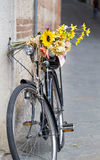 Bicycle leaning against the wall Royalty Free Stock Photography