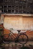 Bicycle with old wall Royalty Free Stock Images