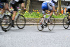 A bicycle race through the streets Royalty Free Stock Photography