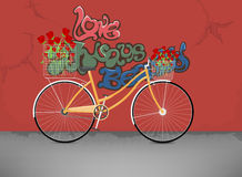 Bicycle with red rose flowers Royalty Free Stock Photos